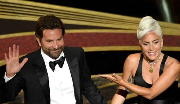 bradley-cooper-and-lady-gaga-perform-onstage-during-the-news-photo-1131922599-1551064337.jpg