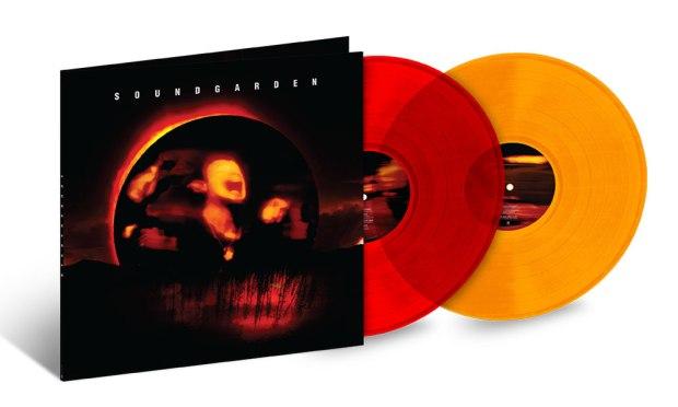 Soundgarden-Superunknown-coloured-vinyl-web-optimised-1000.jpg